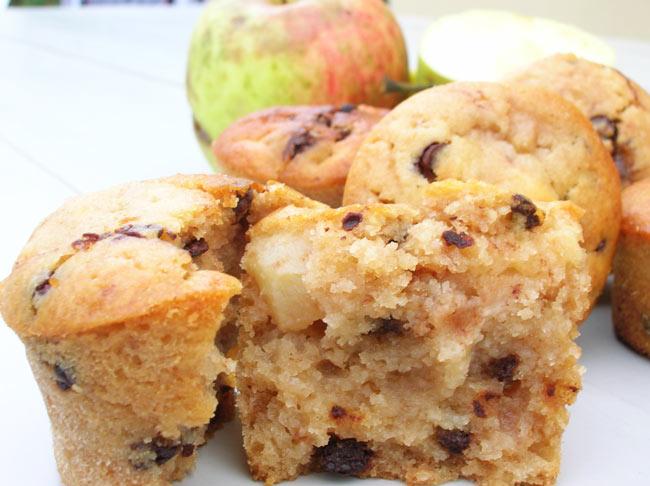 muffins aux pommes caram lis es et p pites de chocolat. Black Bedroom Furniture Sets. Home Design Ideas