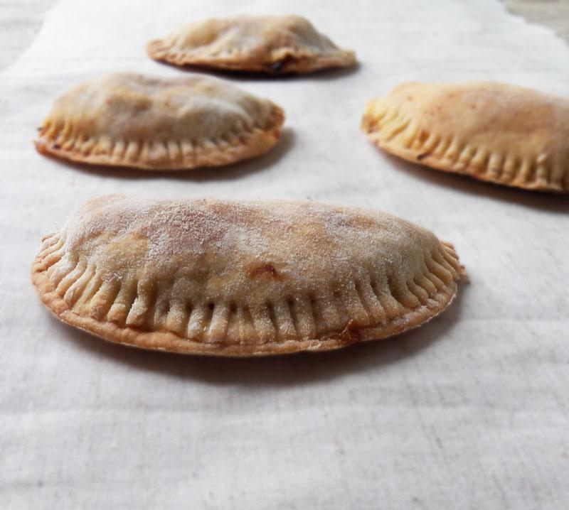 chausson au ptits légumes (et autres restes du frigo) - cocotte et